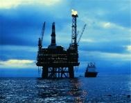 油轮起火引爆油市 布油大涨3%!