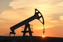 原油供给充足,油价或将进一步走低
