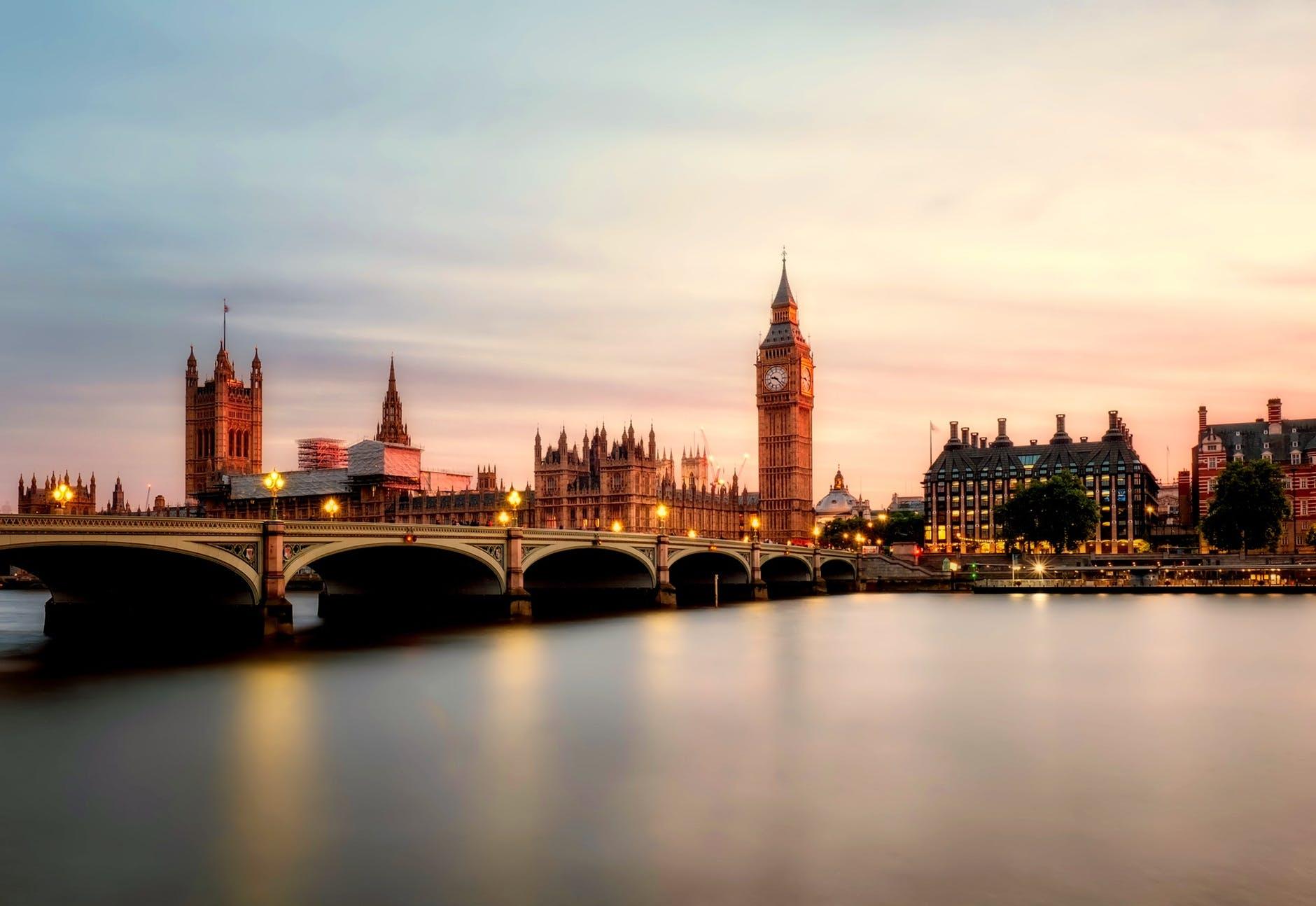 【财经数据交易】英国即将公布6月CPI月率数据,英镑兑美元迎来交易机会-图表家